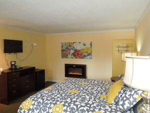 Deluxe King Room & Fireplace Picture 1